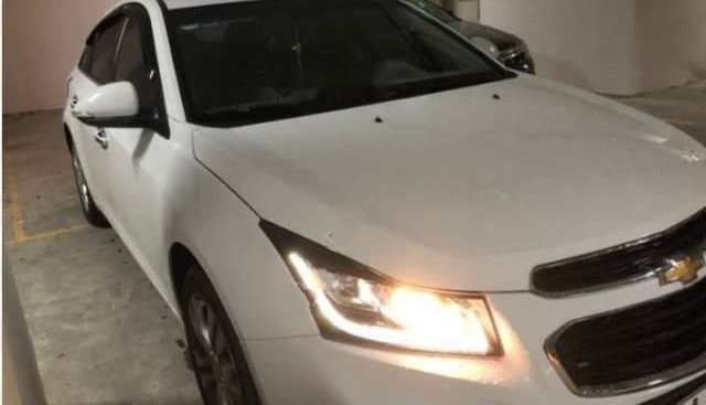 Cần bán Chevrolet Cruze LTZ 1.8L 2017, màu trắng như mới