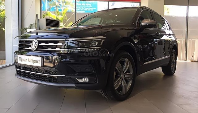 Bán Volkswagen Tiguan Allspace 2019, màu đen, nhập khẩu