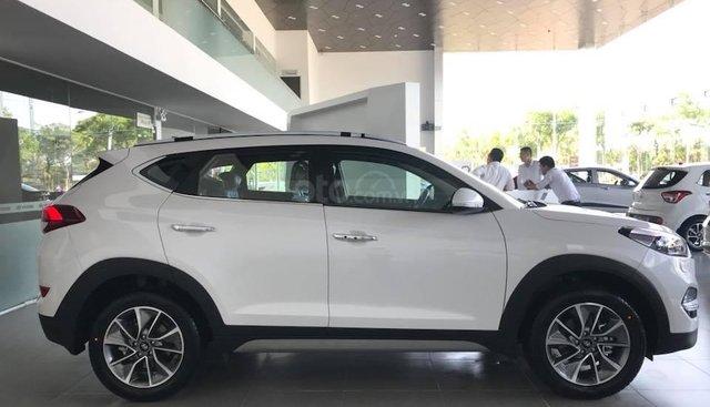 Bán Hyundai Tucson 2019 có sẵn đủ màu tại Đà Nẵng