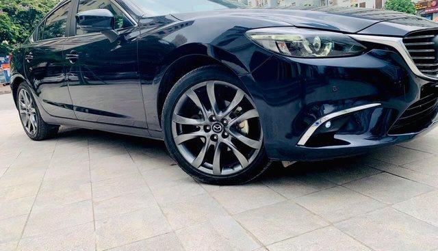 Cần bán xe Mazda 6 premium 2017, màu xanh lam, giá tốt