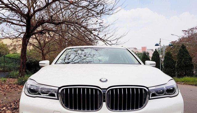 Cần bán xe BMW 7 Series 730 Li đời 2017, màu trắng, nhập khẩu