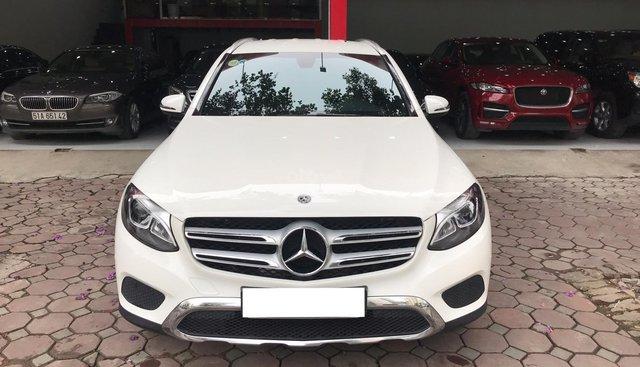 Bán Mercedes sản xuất năm 2018 siêu lướt 9000km