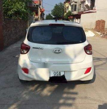Bán lại xe Hyundai Grand i10 đời 2016, màu trắng, xe nhập chính chủ