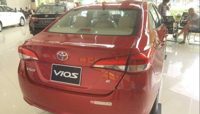 Bán ô tô Toyota Vios E sản xuất năm 2019, màu đỏ