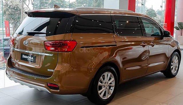 Cần bán xe Kia Sedona Platinum D năm sản xuất 2019