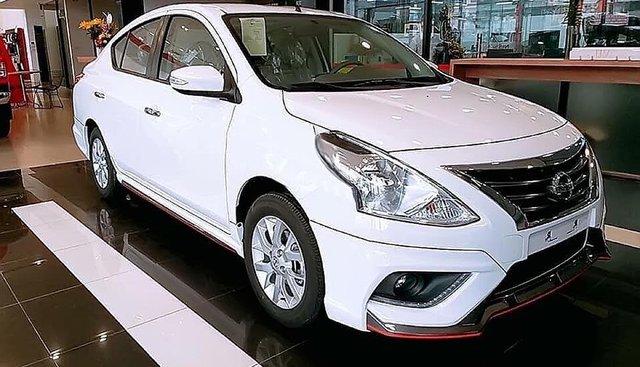 Bán Nissan Sunny XT Premium 2019, màu trắng giá tốt