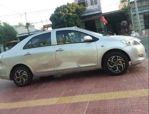 Cần bán lại xe Toyota Vios năm sản xuất 2009, màu bạc, xe nhập