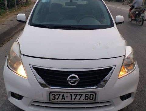 Cần bán xe Nissan Sunny đời 2014, màu trắng số tự động