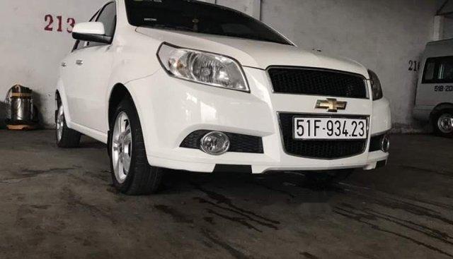 Chính chủ bán Chevrolet Aveo LT sản xuất 2016, màu trắng, nhập khẩu