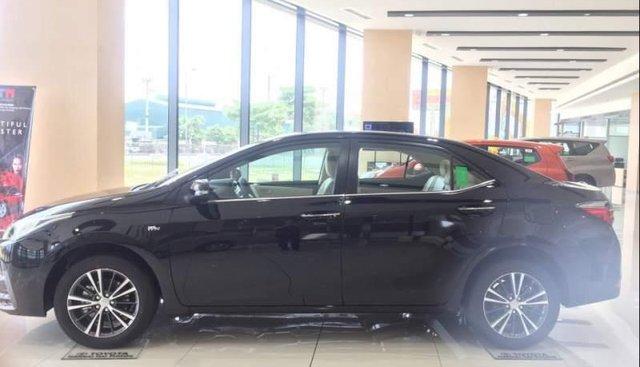 Bán xe Toyota Corolla altis sản xuất năm 2018, màu đen số tự động