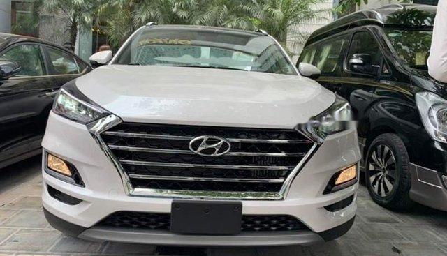 Bán xe Hyundai Grand i10 đời 2019, màu trắng, xe nhập