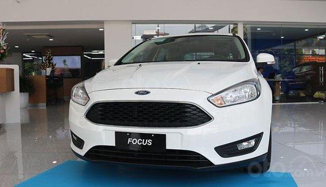 Ford Focus Titanium 2019nhiều tiện nghi, công nghệ hiện đại. Liên hệ ngay để nhận được nhiều ưu đãi