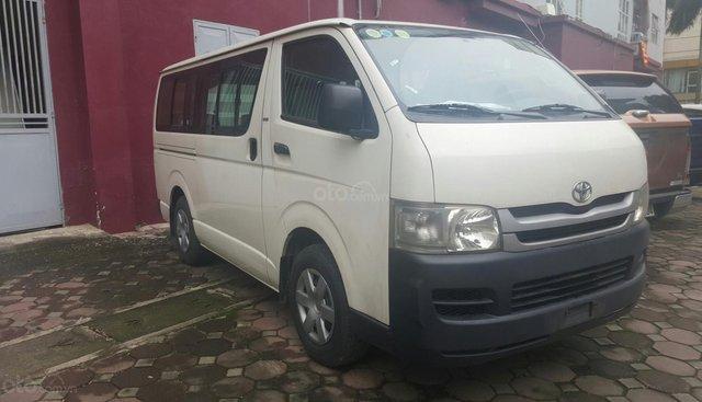 Cần bán Toyota Hiace 16 chỗ, nhập Nhật Bản, SX 2008, đăng ký 2/2009, máy xăng, mầu trắng, xe còn mới