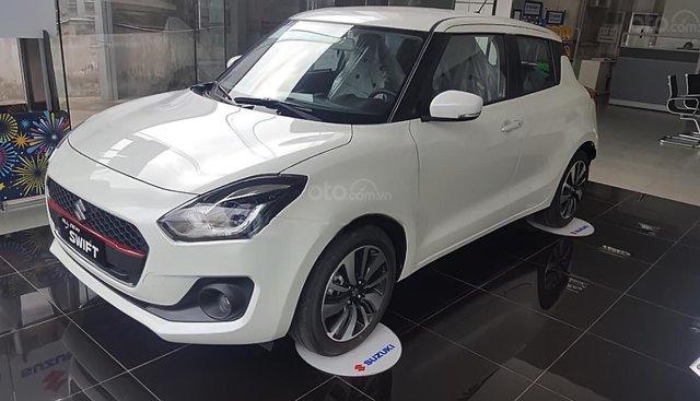 Bán ô tô Suzuki Swift GLX 1.2 AT năm 2019, màu trắng, nhập khẩu nguyên chiếc, 549tr