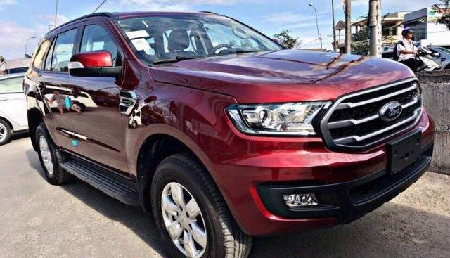 Bán xe Ford Everest đời 2019, màu đỏ, xe nhập