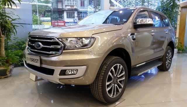 Bán Ford Everest Titanium, xe có sẵn, giá tốt nhất trong tháng