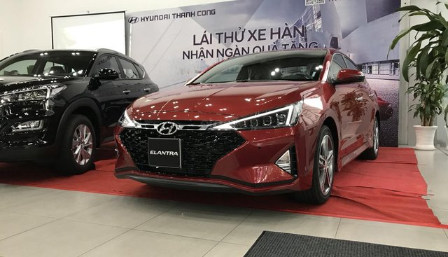 Hyundai Elantra 2019 giá tốt tại Hyundai An Phú, xe giao ngay, đủ màu