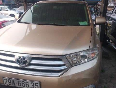Bán Toyota Highlander đời 2013, màu nâu, nhập khẩu nguyên chiếc chính chủ