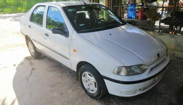 Bán Fiat Siena sản xuất 2002, màu trắng, xe nhập