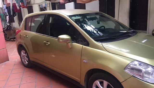 Xe Nissan Tiida sản xuất 2006, nhập khẩu Nhật Bản còn mới