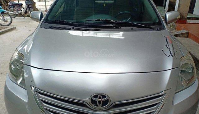 Gia đình bán Toyota Vios 1.5MT đời 2009, màu bạc