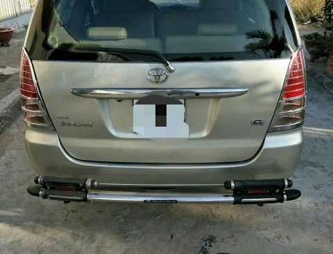 Cần bán Toyota Innova J 2007 xe gia đình
