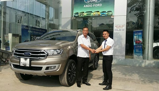 Giá Ford Everest 2.0 Bitubor 4x4, xe mới chính hãng giảm tiền mặt 50tr. Lh 0965.423.558