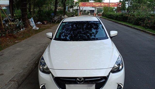 Bán xe Mazda 2 1.5AT đời 2018, màu trắng, xe vợ đi bán gấp 510 triệu