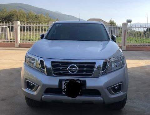 Cần bán Nissan Navara sản xuất 2015, màu bạc