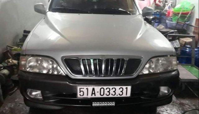Cần bán Ssangyong Musso đời 2003, màu bạc, xe nhập