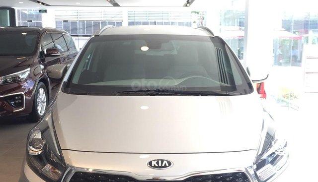 Bán xe Kia Rondo sản xuất năm 2019