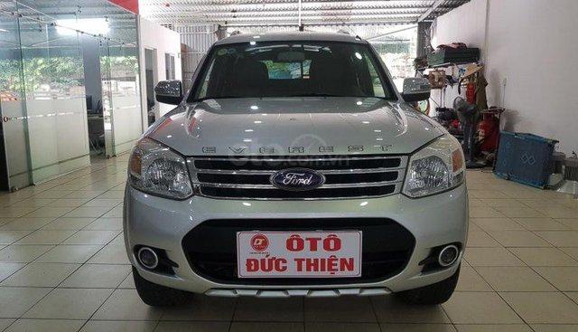 Bán ô tô Ford Everest 2.5AT năm sản xuất 2013, màu bạc
