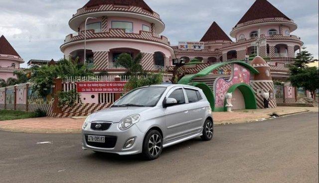 Cần bán xe Kia Morning sản xuất 2010, màu bạc chính chủ