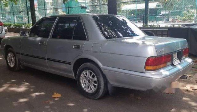 Bán Toyota Crown đời 1991, màu bạc, xe nhập