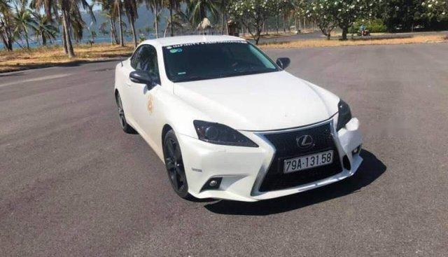 Bán ô tô Lexus IS sản xuất năm 2009, màu trắng, nhập khẩu nguyên chiếc chính chủ