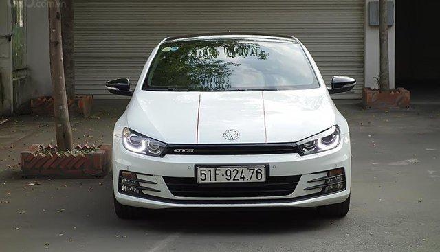 Cần bán Volkswagen Scirocco 2.0 AT đời 2016, màu trắng, nhập khẩu