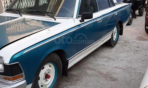 Bán Toyota Crown năm sản xuất 1990, màu xanh lam, nhập khẩu, giá cạnh tranh