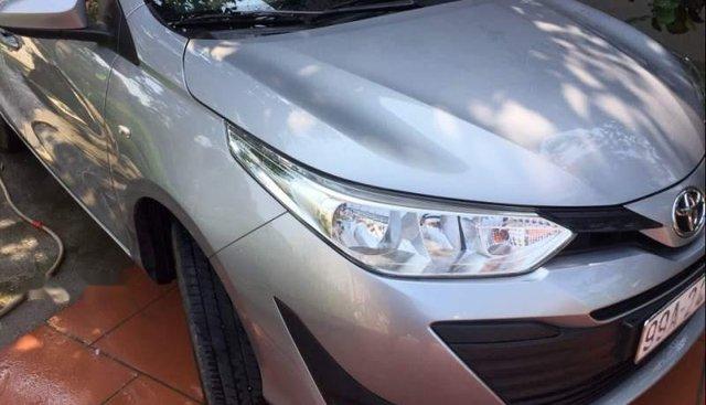 Cần bán xe Toyota Vios đời 2018, màu bạc giá cạnh tranh