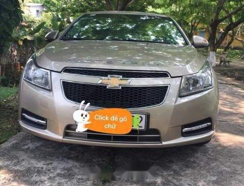 Bán Chevrolet Cruze đời 2011, màu vàng, xe gia đình