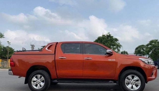 Cần bán xe Toyota Hilux G năm 2017 chính chủ