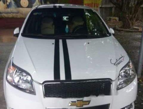 Bán xe Chevrolet Aveo năm 2017, màu trắng như mới