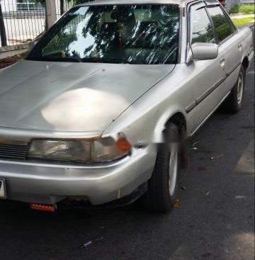 Bán Toyota Camry đời 1987, màu bạc, xe nhập, xe gia đình