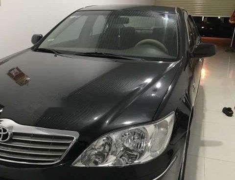 Bán Toyota Camry đời 2003, màu đen, giá chỉ 310 triệu