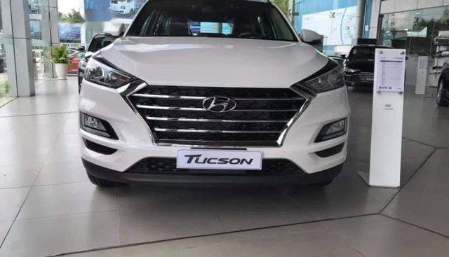 Bán Hyundai Tucson đời 2019, màu trắng, 799 triệu