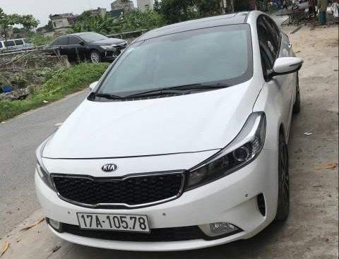Bán ô tô Kia Cerato 2.0 AT sản xuất 2018, màu trắng chính chủ