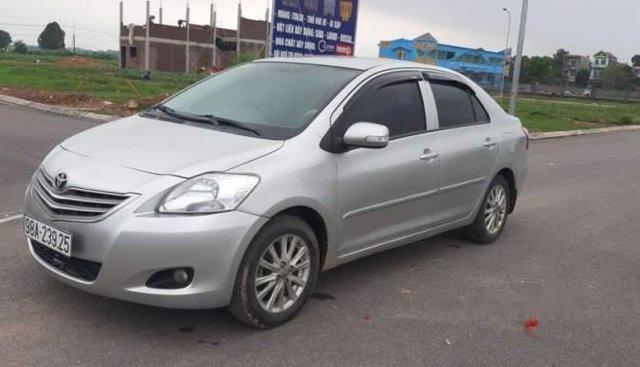 Bán gấp Toyota Vios E 2010, màu bạc, nhập khẩu