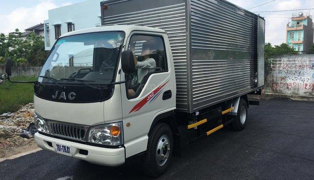 Xe tải JAC 2 tấn 4 thùng kín 2019