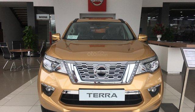 Bán Nissan Terra V 2019, màu vàng, nhập khẩu nguyên chiếc, giá tốt nhất