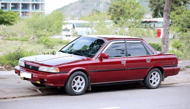Bán Camry 1988, màu đỏ, nhập khẩu còn rất zin đẹp, giá 120tr