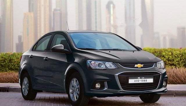 Cần bán lại xe Chevrolet Aveo năm sản xuất 2018, màu đen